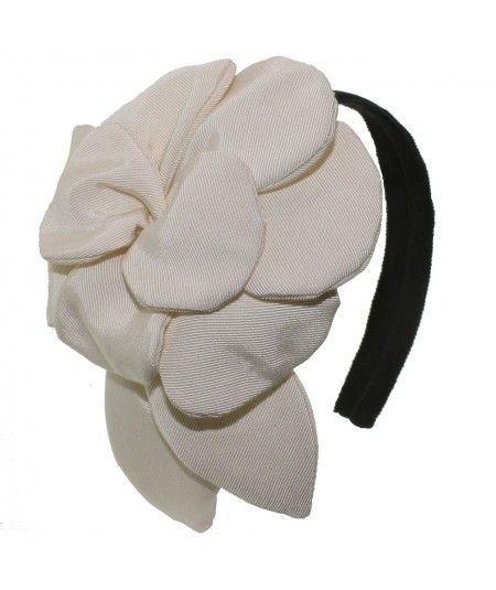 gft1-grosgrain-ribbon-flower-headpiece
