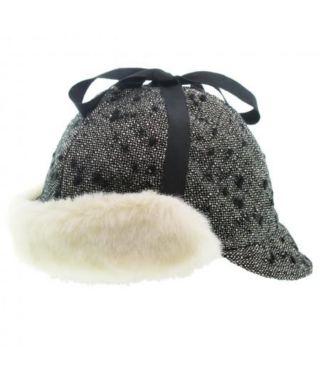ht426-boucle-flap-cap-with-faux-fur-detail