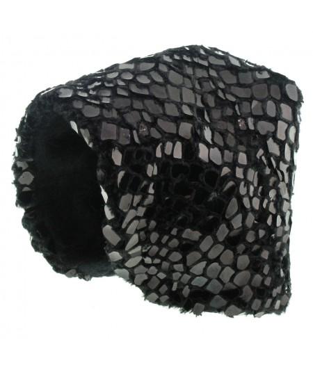 ff49-faux-fur-hood-with-pvc-dots