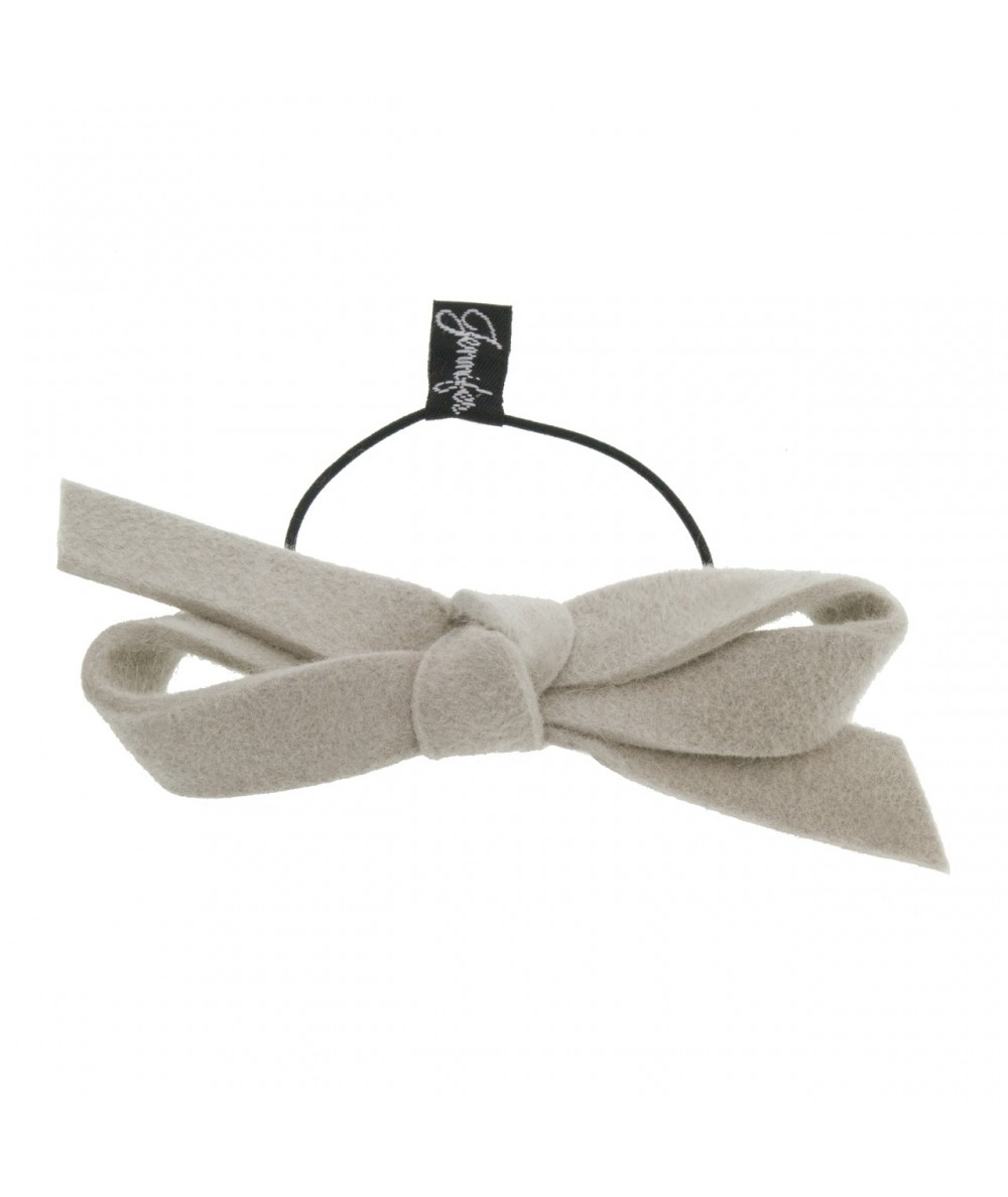 Alabaster Felt Bow Pony on Skinny Elastic