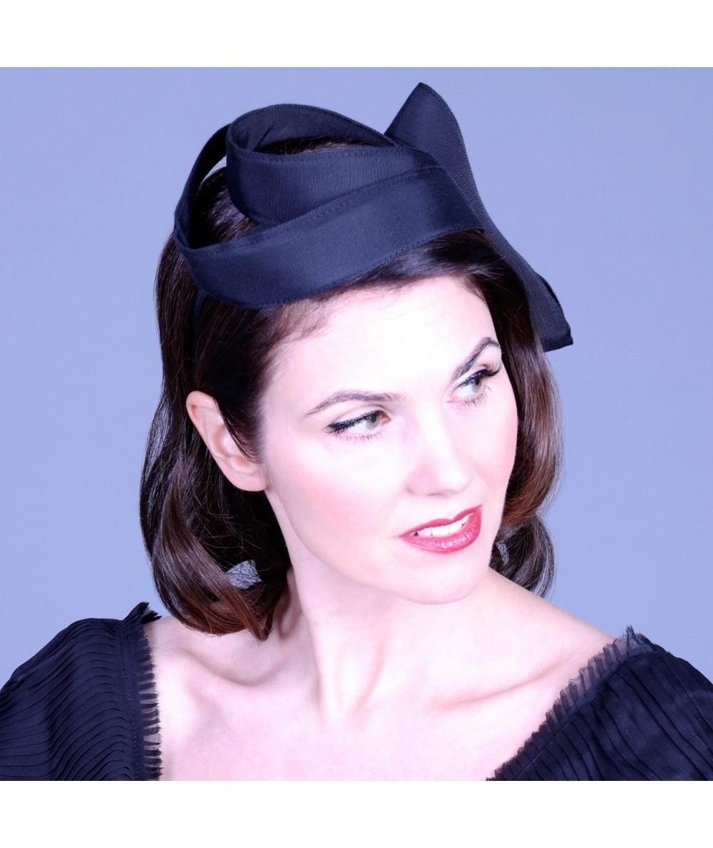 abstract-grosgrain-sculptural-headpiece