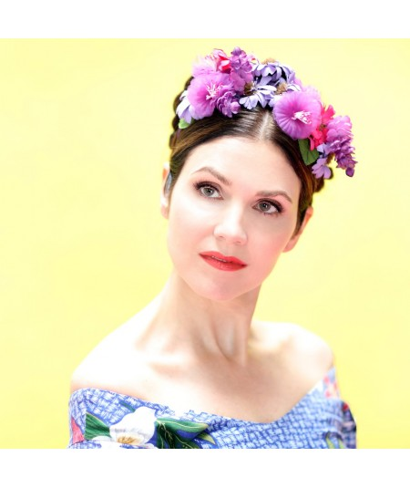 fr07-frida-inspired-flower-trimmed-headpiece