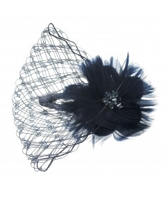 ccfv-feather-flower-trimmed-veil-on-contour-clip
