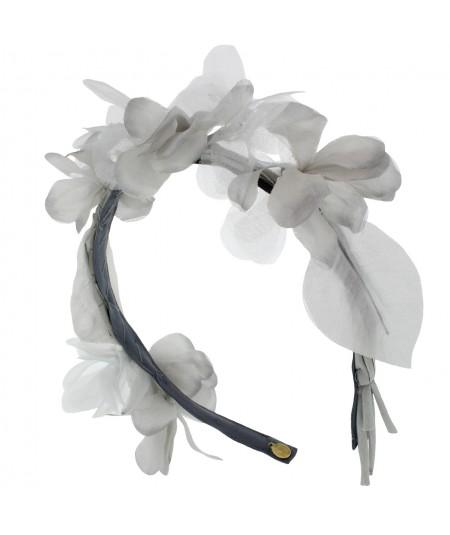 or8-delicate-organza-flower-headpiece