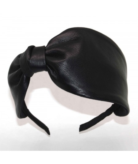 L26 Black View 1 headband leather