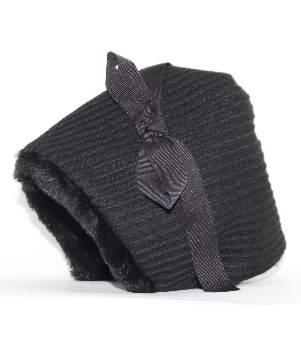 HT687 Black Earmuff hat