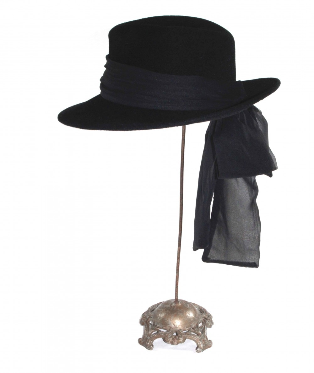 HT681 Black women's fedora with sash