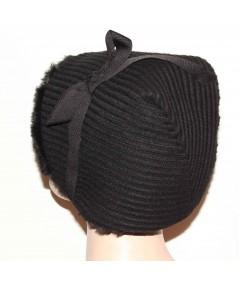 HT687 Black earmuff cuddle cap