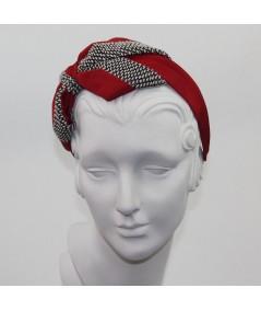 Cardinal Bengaline with Spectator Boucle Carolina Bow Headband