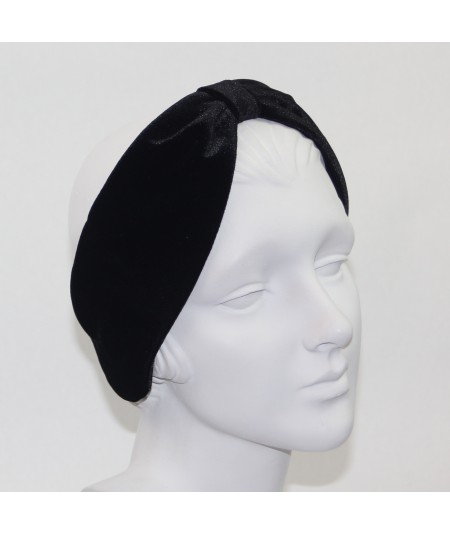 Black Velvet Center Divot Earmuff