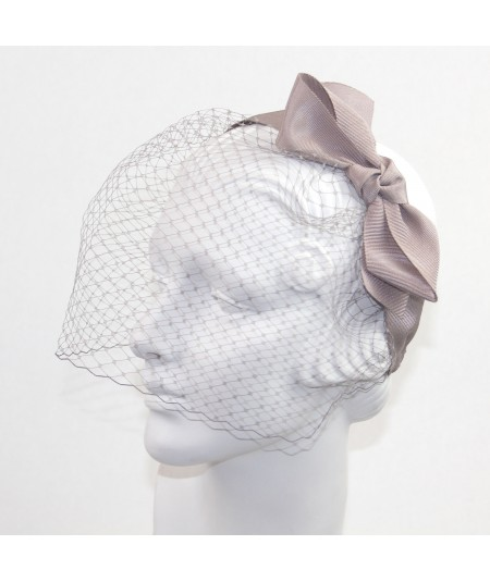 Miss Davis Face Veil with Grosgrain Bow Fascinator