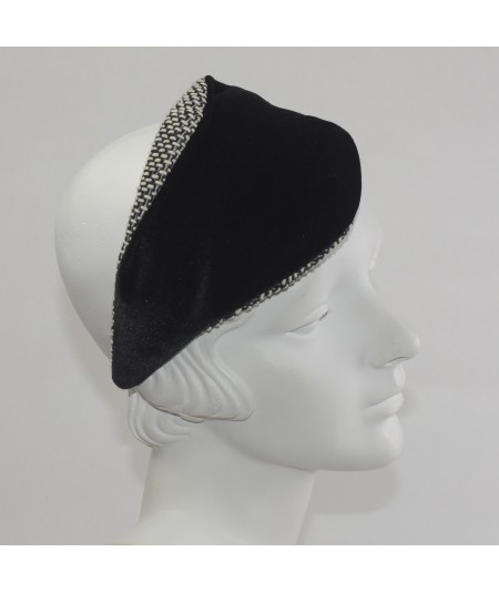 Spectator With Black Boucle with Velvet Matisse